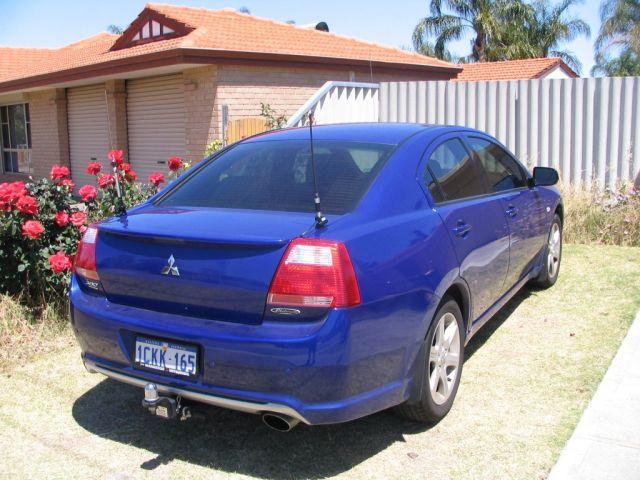 car_antenna2.jpg